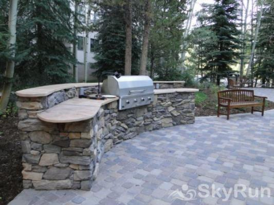 2725 Chateaux DMont Outdoor Grill