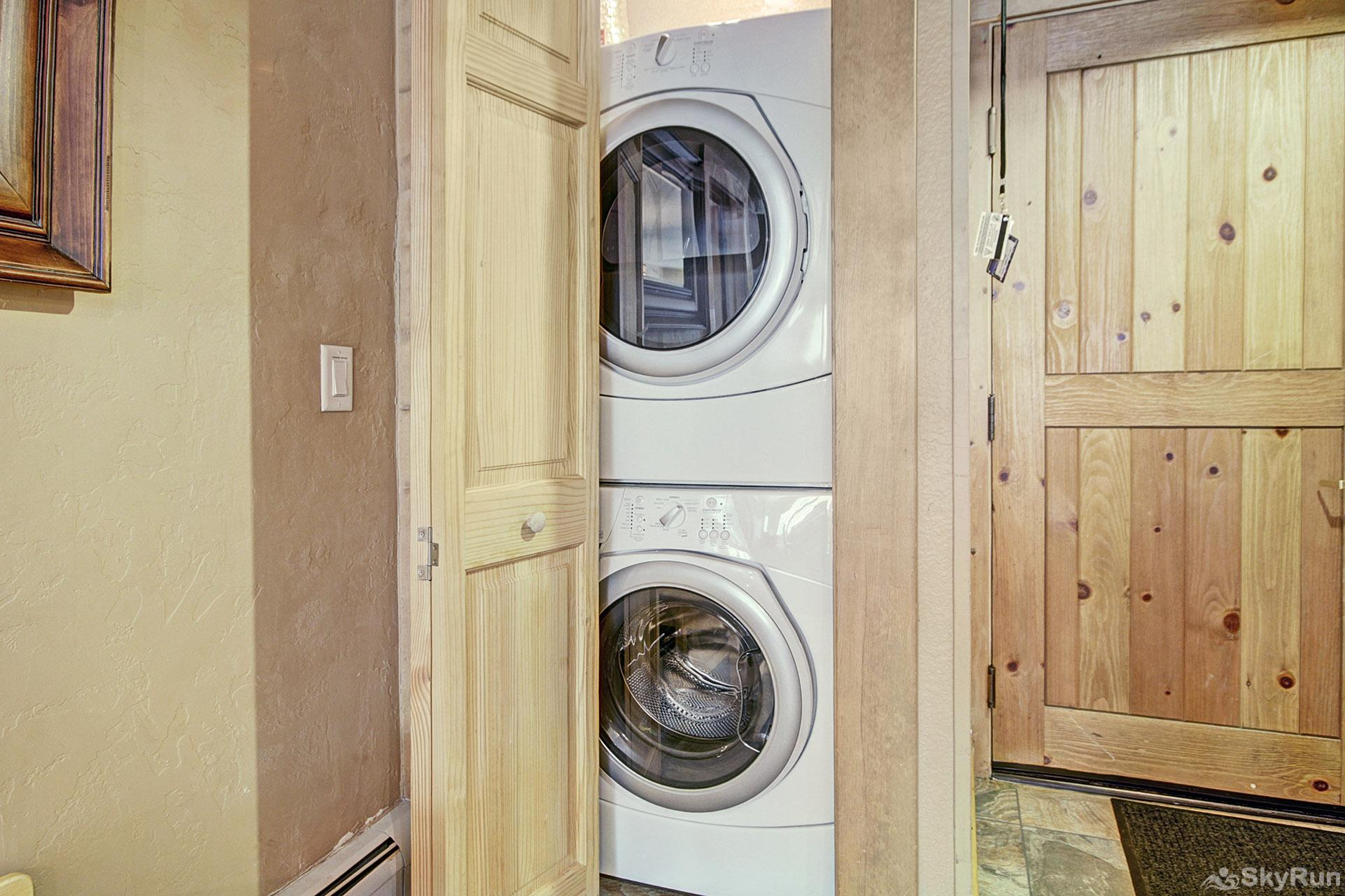 2609 Tenderfoot Lodge In-Unit Washer and Dryer