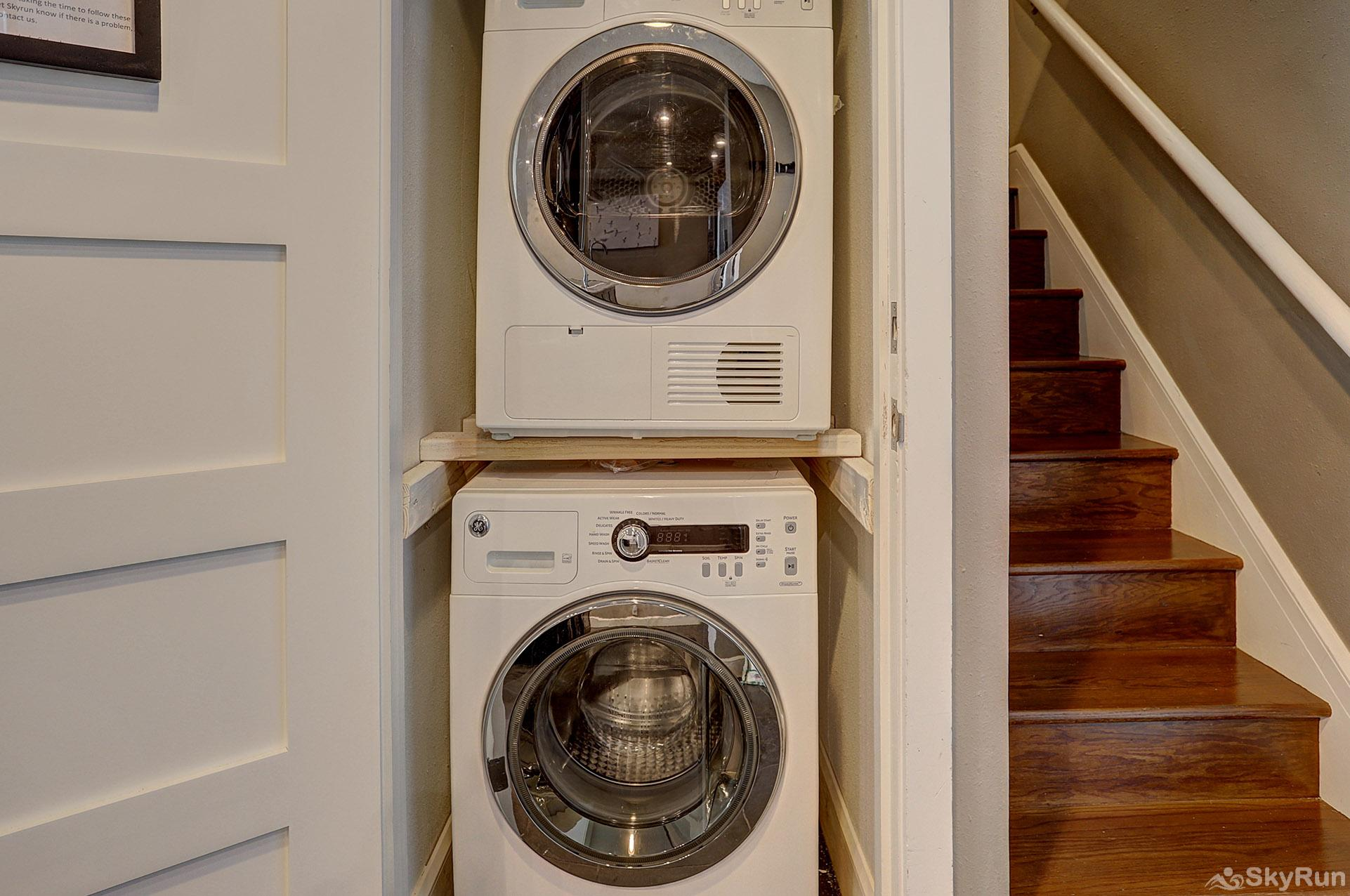 2061 The Pines In-Room Washer/Dryer