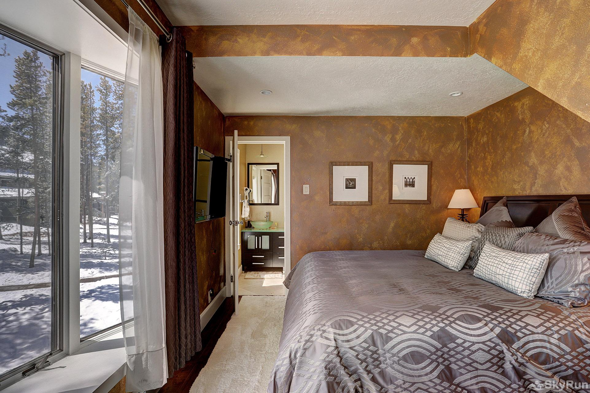 2061 The Pines Master Bedroom